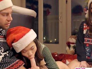 Stepbro 039 S Christmas Threesome And Sister Creampie