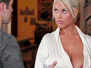 Jaw Dropping Blond MILF Bridgette B Gives A Splendid Nuru Massage