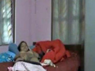 Bangla Girl Exposing...