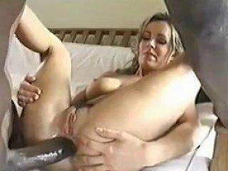 Amature Wife Cuckolds...