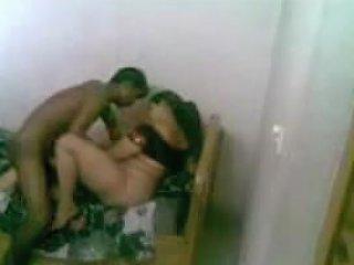Big Ass Hot Desi Aunty...