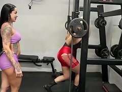Big Tits Shemale Fucked In The Gym