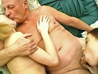 Free Sex Amateur Babes Sucking And Fucking Missionary With Old Mans Cock